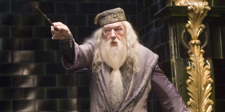Dumbledore-in-Harry-Potter-and-the-Order-of-the-Phoenix